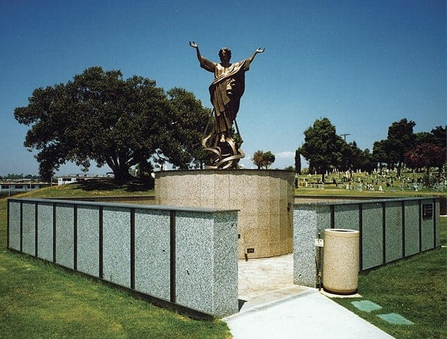 Holy Cross Cemetery & Mausoleum, Garden of Ascension